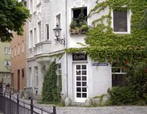 ferienwohnung fewo altstadt charme augsburg pensionhotel. Black Bedroom Furniture Sets. Home Design Ideas