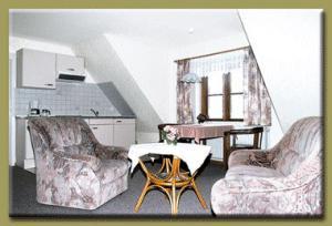 pension hilligenley hallig langeness pensionhotel. Black Bedroom Furniture Sets. Home Design Ideas