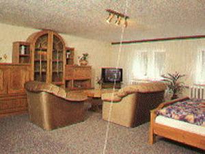pension schwanenkrug sch nwalde glien pensionhotel. Black Bedroom Furniture Sets. Home Design Ideas